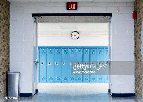 Corridoio scolastico