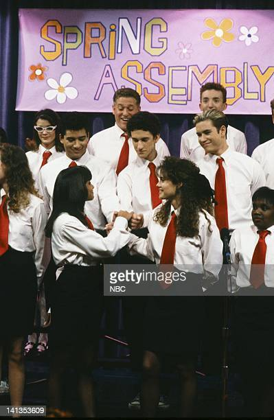 BELL 'School Song' Episode 24 Air Date Pictured Mario Lopez as AC Slater Dustin Diamond as Screech Powers Lark Voorhies as Lisa Turtle Leanna Creel...