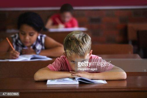 Escola é uma porcaria!