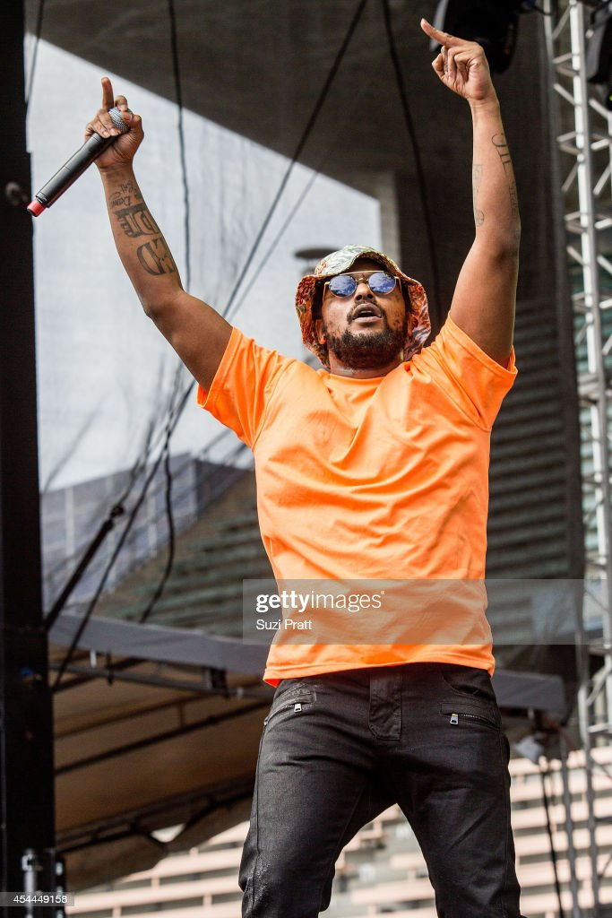 <a gi-track='captionPersonalityLinkClicked' href=/galleries/search?phrase=Schoolboy+Q&family=editorial&specificpeople=9028279 ng-click='$event.stopPropagation()'>Schoolboy Q</a> performs at the Bumbershoot Music and Arts Festival on August 31, 2014 in Seattle, Washington.