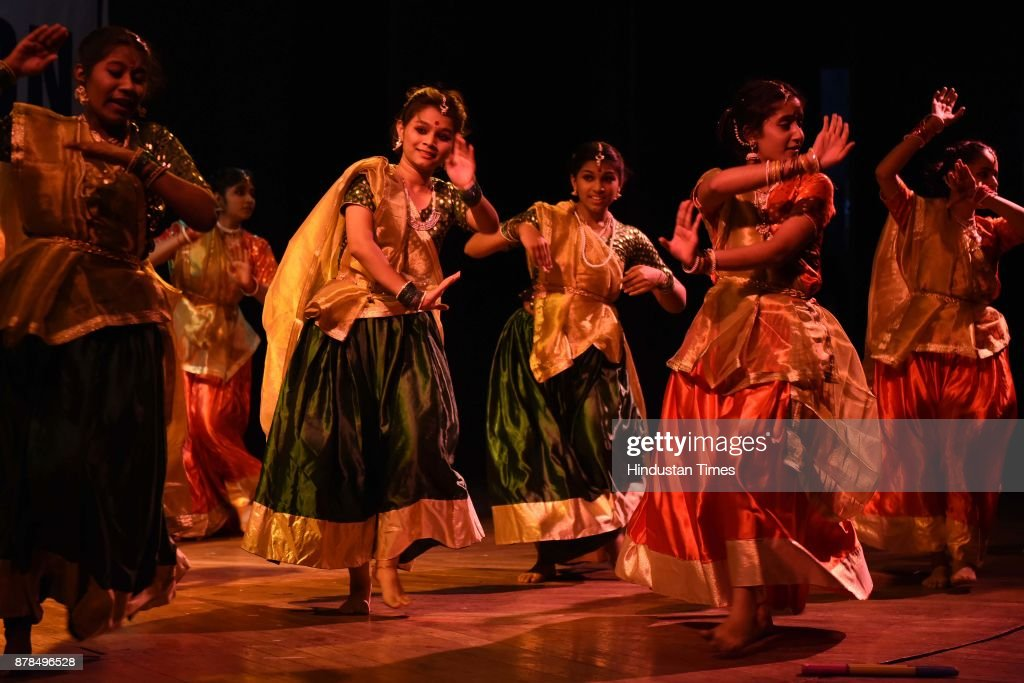 Navi Mumbai Area Schools Associations Organises Folk Dance Competition