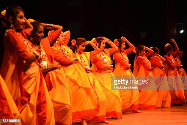 Schools students perform Folk Dance during a Folk Dance Competition held by Navi Mumbai Area Schools Associations at Vishnudas Bhave Adutorium Vashi...
