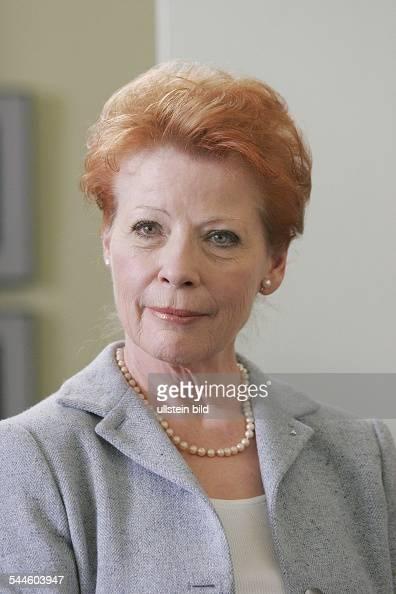 Renate Schroeter