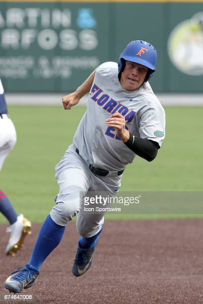 Schwarz of the Gators hustles around the bases during the college baseball game between the Florida Gators and the Vanderbilt Commodores on April 15...