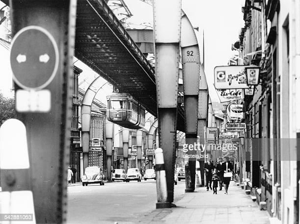 Schwebebahn in Wuppertal 1978