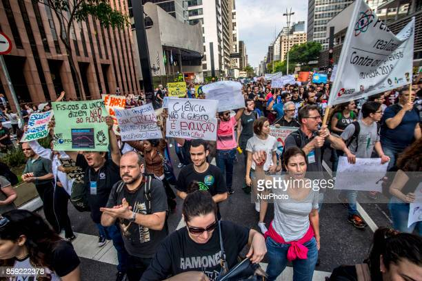 Scientists will meet in front of the São Paulo Museum of Art on Avenida Paulista in São Paulo on 8 October 2017 to protest against successive budget...