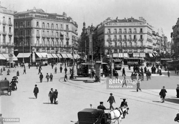Scène de rue à Madrid Espagne circa 1930
