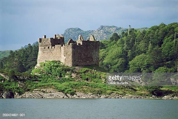 Scotland, Loch Awe, Kilchurn Castle
