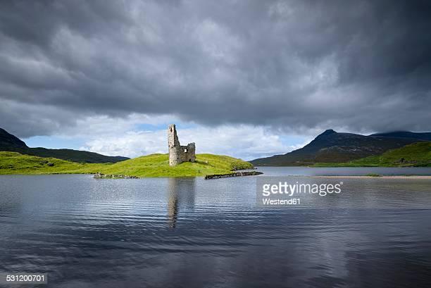 UK, Scotland, Sutherland, Ardvreck Castle at Loch Assynt