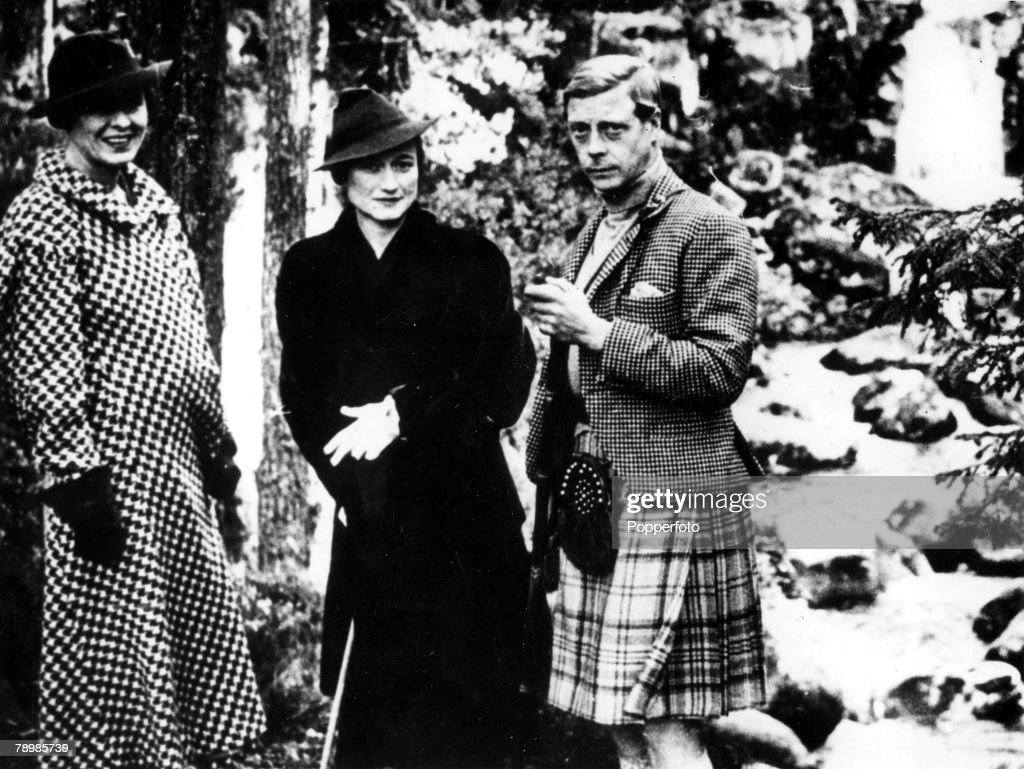 1936 Scotland The Prince of Wales with Wallis Simpson at Balmoral