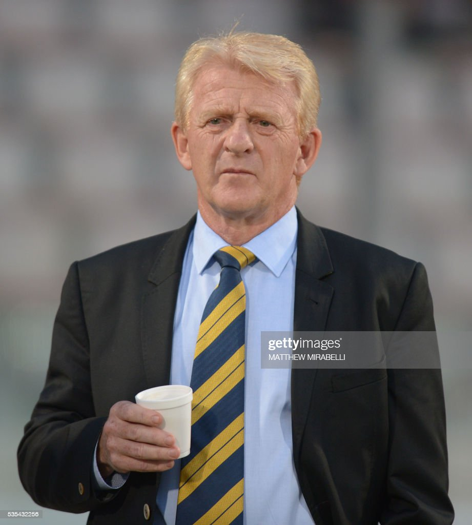 Scotland's coach Gordon Strachan looks on before the International friendly football match Italy vs Scotland at the National Stadium in Ta'Qali, Malta on May 29, 2016. / AFP / Matthew Mirabelli