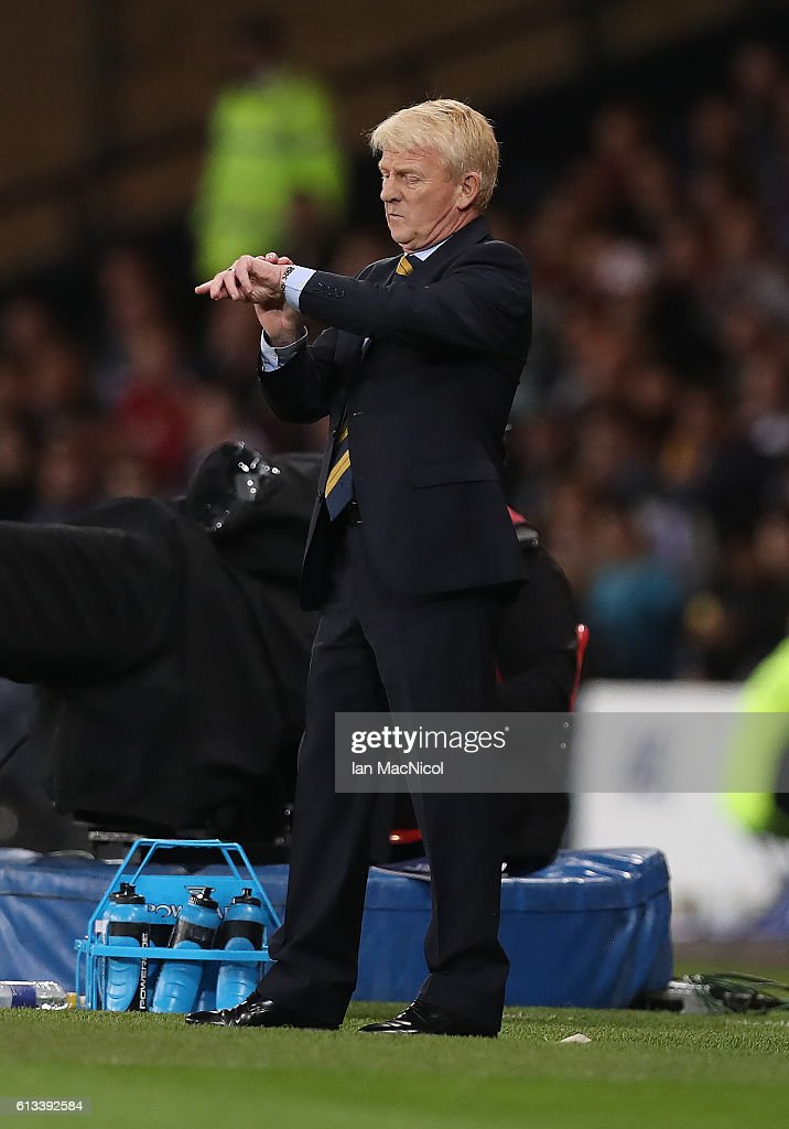 Scotlands manager Gordon Strachan looks at his watch during the FIFA 2018 World Cup Qualifier between Scotland and Lithuania at Hampden Park on October 8, 2016 in Glasgow, Scotland.