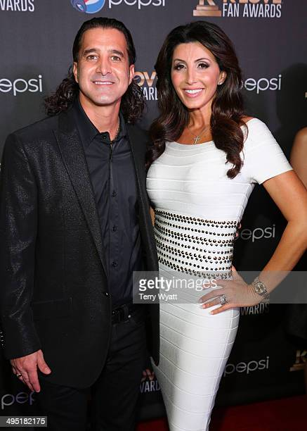 Scott and Jaclyn Stapp attend the 2nd Annual KLOVE Fan Awards at the Grand Ole Opry House on June 1 2014 in Nashville Tennessee