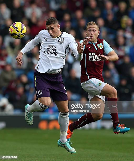 Scott Arfield of Burnley in action with Ross Barkley of Everton during the Barclays Premier League match between Burnley and Everton at Turf Moor on...