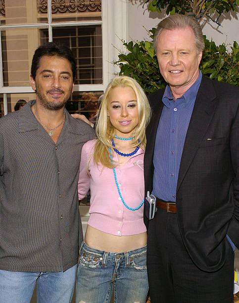 Movie elizabeth banks dating new york city paris 2006