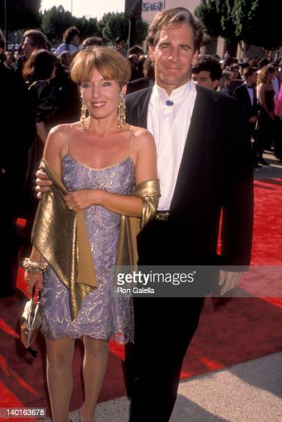 Scott Bakula and Krista Neumann at the 42nd Annual Primetime Emmy Awards Pasadena Civic Auditorium Pasadena