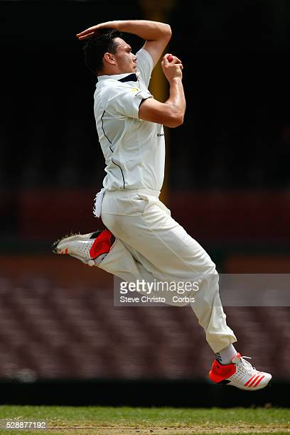 Scott Boland of Victoria bowling to New South Wales Ryan Carters during the Sheffield Shield match between New South Wales and Victoria at the Sydney...