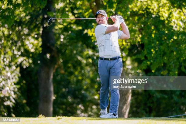 Scott Brown plays his shot from the 12th tee during the first round of the Dean Deluca Invitational on May 25 2017 at Colonial Country Club in Fort...