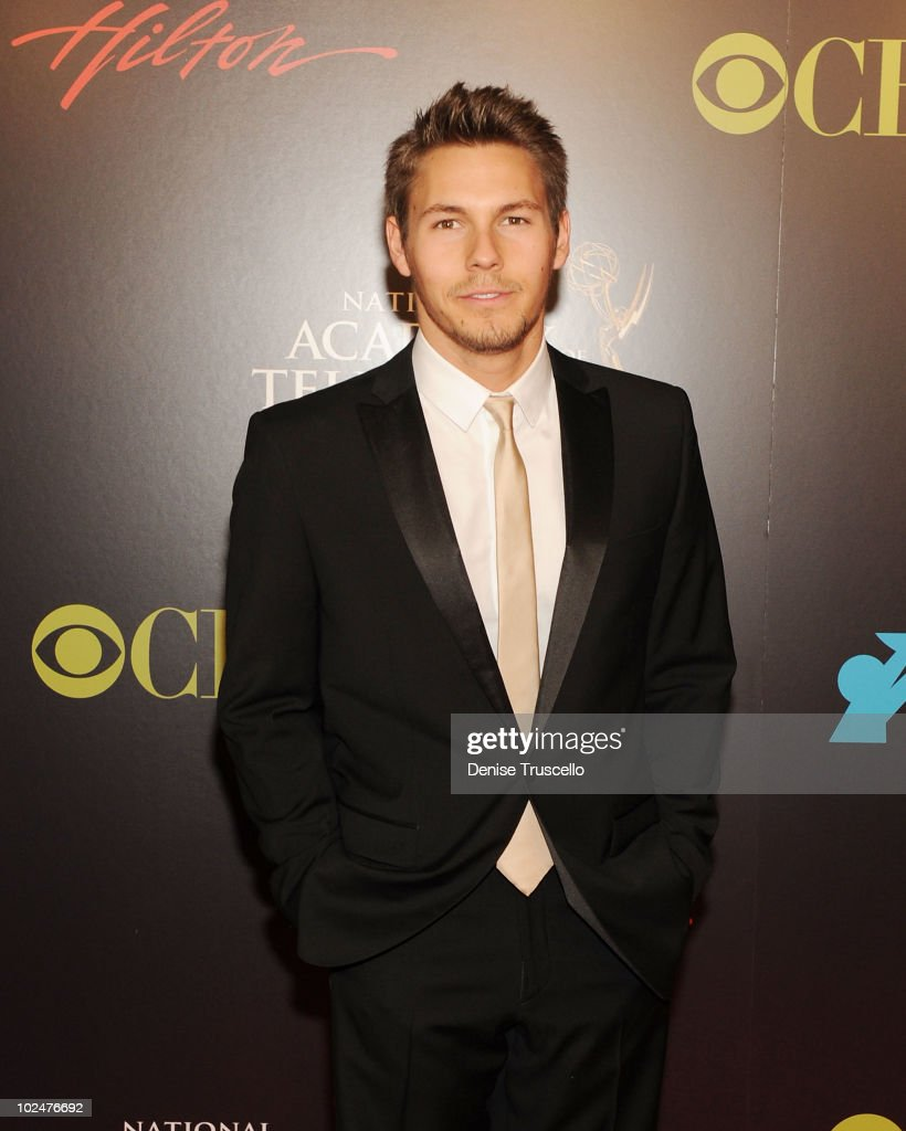 Scott Clifton arrives at the 37th Annual Daytime Emmy Awards at Las Vegas Hilton on June 27, 2010 in Las Vegas, Nevada.