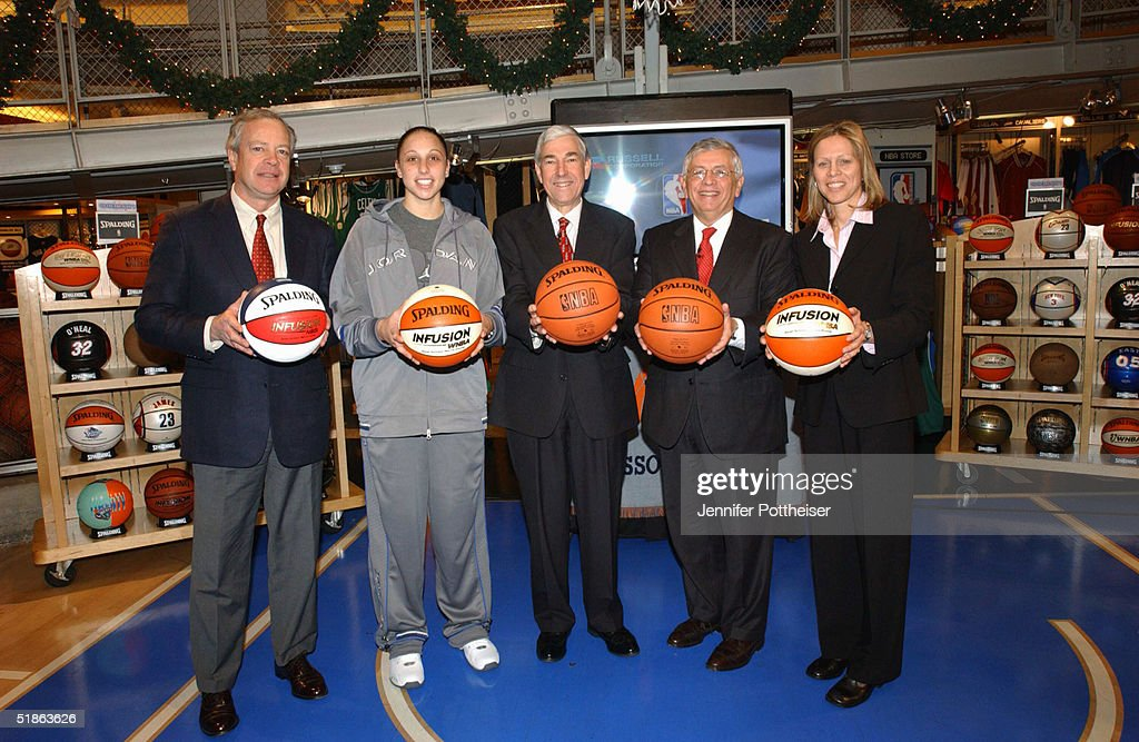 Scott Creelman president of Spalding Diana Taurasi WNBA Rookie of the Year Jack Ward chairman and CEO of Russell Corporation David Stern Commissioner...