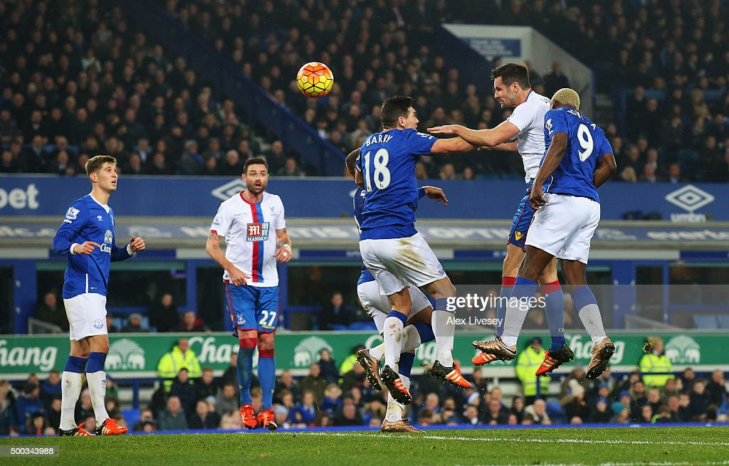 Scott Dann of Crystal Palace scores the opening goal during the Barclays Premier League match between Everton and Crystal Palace at Goodison Park on December 7, 2015 in Liverpool, England.