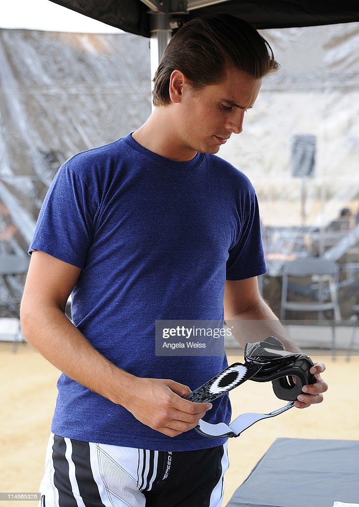 Scott Disick attends Oakley's Learn To Ride Motocross event at Starwest MX Track on May 23, 2011 in Lake Perris, California.