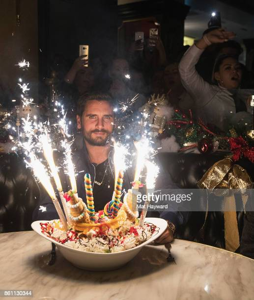 Scott Disick enjoys a King Kong Sundae with sparklers at the Sugar Factory American Brassiere on October 13 2017 in Bellevue Washington