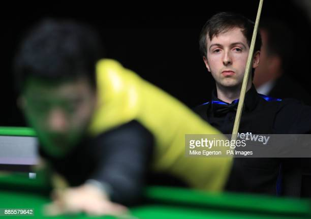 Scott Donaldson during his match with Li Hang on day seven of the 2017 Betway UK Championships at the York Barbican