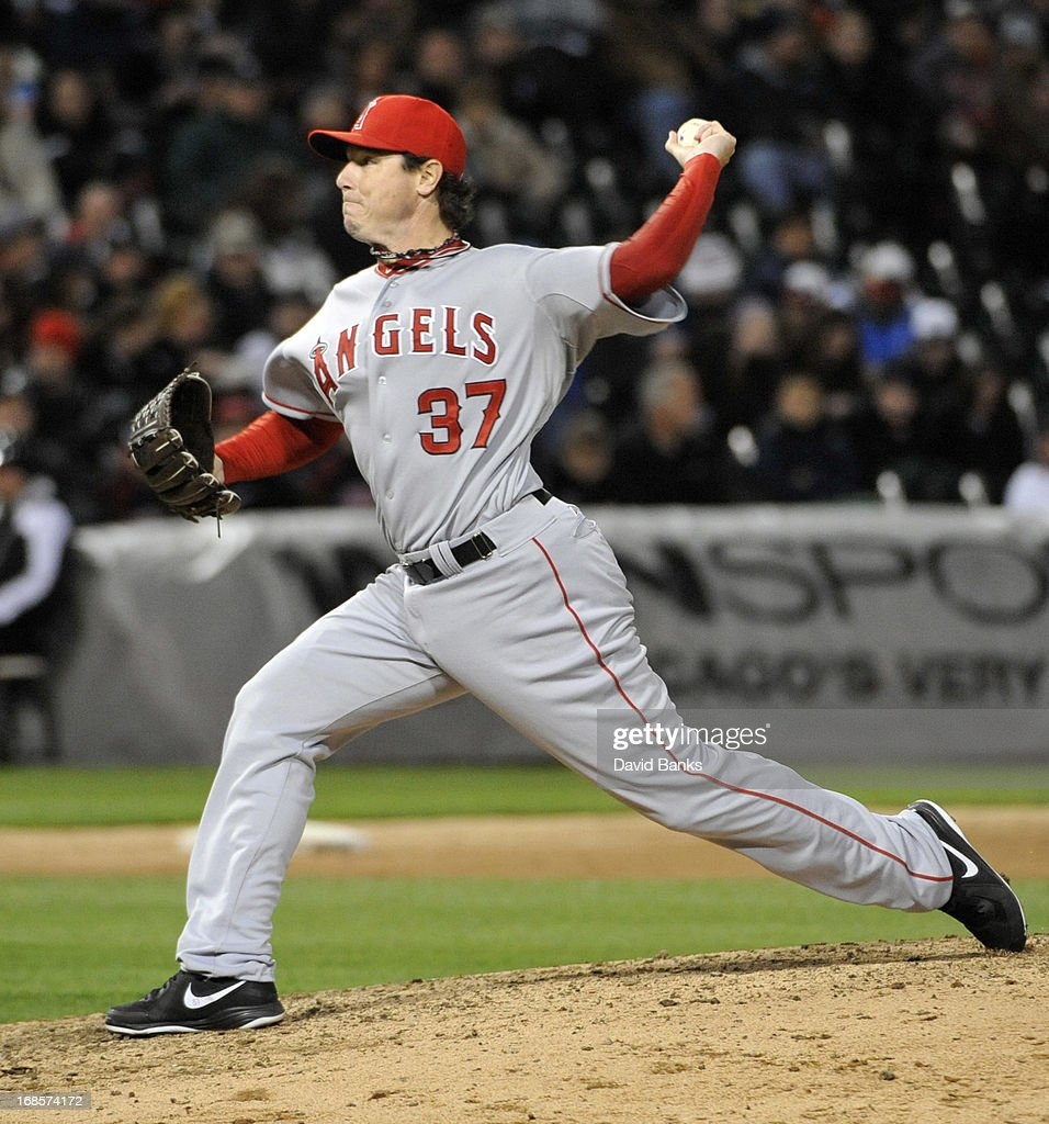 <a gi-track='captionPersonalityLinkClicked' href=/galleries/search?phrase=Scott+Downs&family=editorial&specificpeople=240337 ng-click='$event.stopPropagation()'>Scott Downs</a> #37 of the Los Angeles Angels of Anaheim pitches against the Chicago White Sox during the eighth inning on May 11, 2013 at U.S. Cellular Field in Chicago, Illinois.