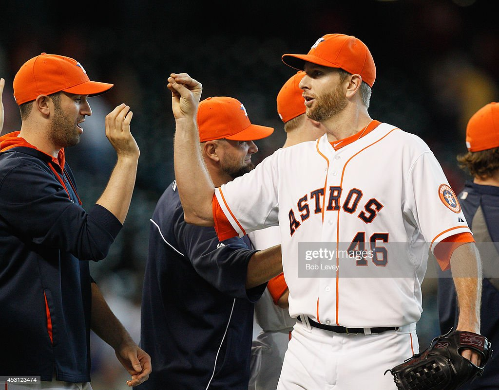 <a gi-track='captionPersonalityLinkClicked' href=/galleries/search?phrase=Scott+Feldman&family=editorial&specificpeople=540379 ng-click='$event.stopPropagation()'>Scott Feldman</a> #46 of the Houston Astros throws a complete game to beat the Toronto Blue Jays 6-1 at Minute Maid Park on August 3, 2014 in Houston, Texas.