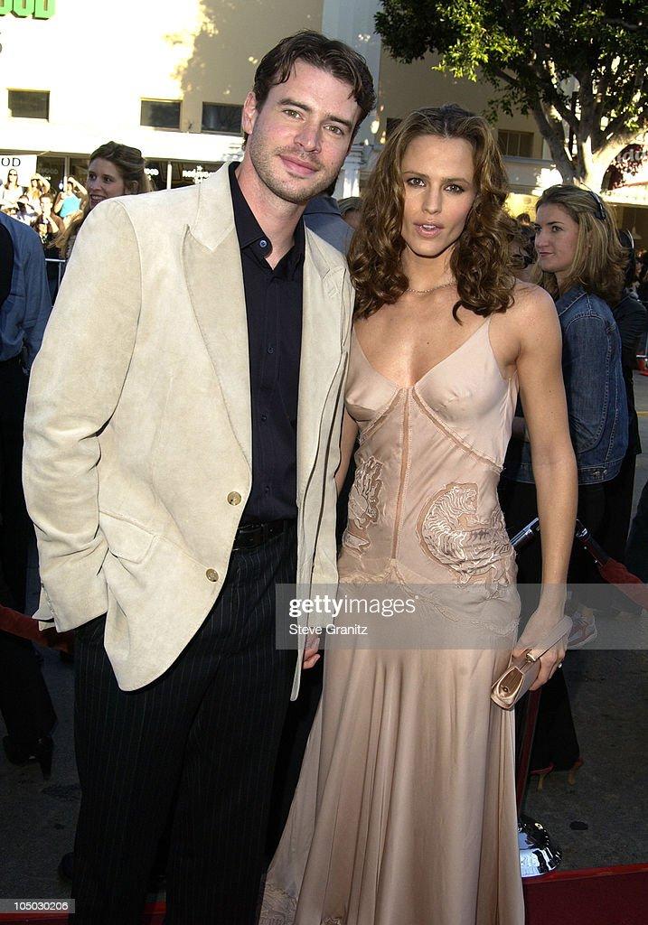 Scott Foley and Jennifer Garner during 'Daredevil' Premiere Los Angeles at Mann Village Theater in Westwood California United States