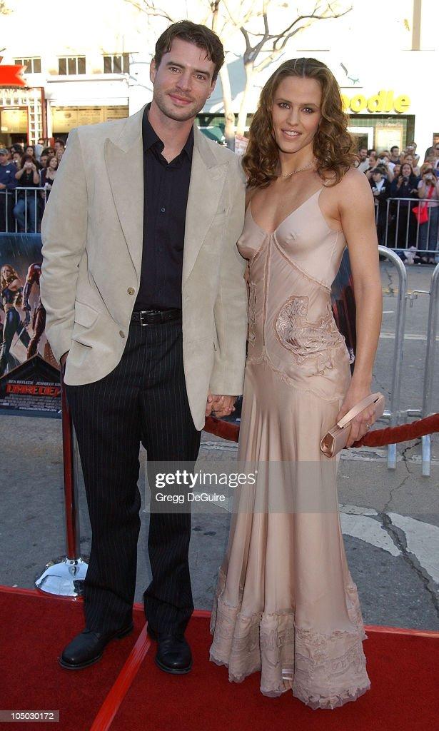 Scott Foley and Jennifer Garner during Premiere of 'DareDevil' Los Angeles at Mann Village Theatre in Westwood California United States