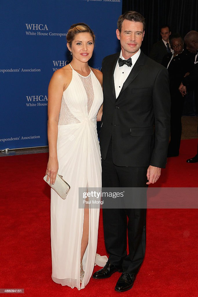 Scott Foley and Marika Dominczyk attend the 100th Annual White House Correspondents' Association Dinner at the Washington Hilton on May 3 2014 in...