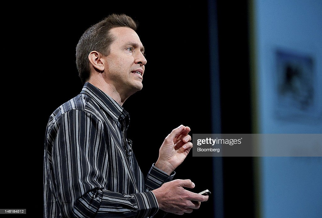 Scott Forstall, senior vice president of iPhone Software for Apple Inc., demonstrates the new iOS 6 during the Apple Worldwide Developers Conference in San Francisco, California, U.S., on Monday, June 11, 2012. Apple Inc. is releasing a fresh lineup of computers and software tools to woo consumers and keep developers making applications amid accelerating rivalry from Google Inc., Microsoft Corp. and, now, Facebook Inc. Photographer: David Paul Morris/Bloomberg via Getty Images
