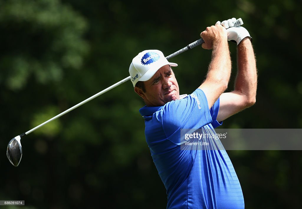 <a gi-track='captionPersonalityLinkClicked' href=/galleries/search?phrase=Scott+Hend&family=editorial&specificpeople=561652 ng-click='$event.stopPropagation()'>Scott Hend</a> of Australia tees of on the 3rd hole during day four of the BMW PGA Championship at Wentworth on May 29, 2016 in Virginia Water, England.