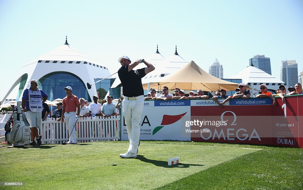 <a gi-track='captionPersonalityLinkClicked' href=/galleries/search?phrase=Scott+Hend&family=editorial&specificpeople=561652 ng-click='$event.stopPropagation()'>Scott Hend</a> of Australia tees off on the 1st hole during the final round of the Omega Dubai Desert Classic at the Emirates Golf Club on February 7, 2016 in Dubai, United Arab Emirates.