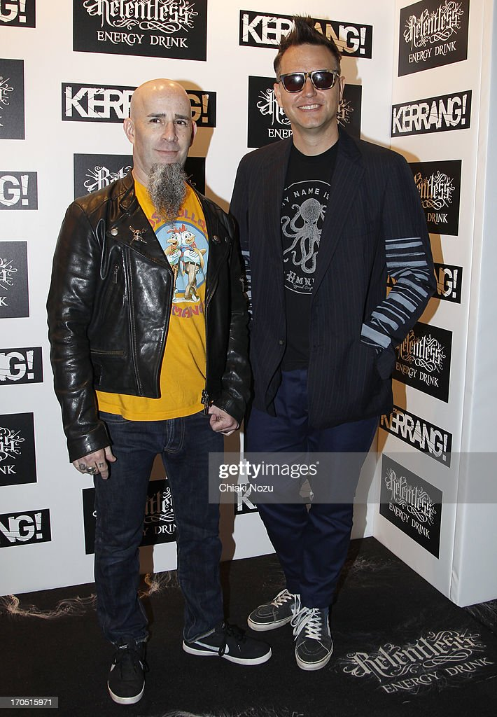 <a gi-track='captionPersonalityLinkClicked' href=/galleries/search?phrase=Scott+Ian&family=editorial&specificpeople=208132 ng-click='$event.stopPropagation()'>Scott Ian</a> and <a gi-track='captionPersonalityLinkClicked' href=/galleries/search?phrase=Mark+Hoppus&family=editorial&specificpeople=211529 ng-click='$event.stopPropagation()'>Mark Hoppus</a> of Blink 182 attend The Kerrang! Awards at the Troxy on June 13, 2013 in London, England.