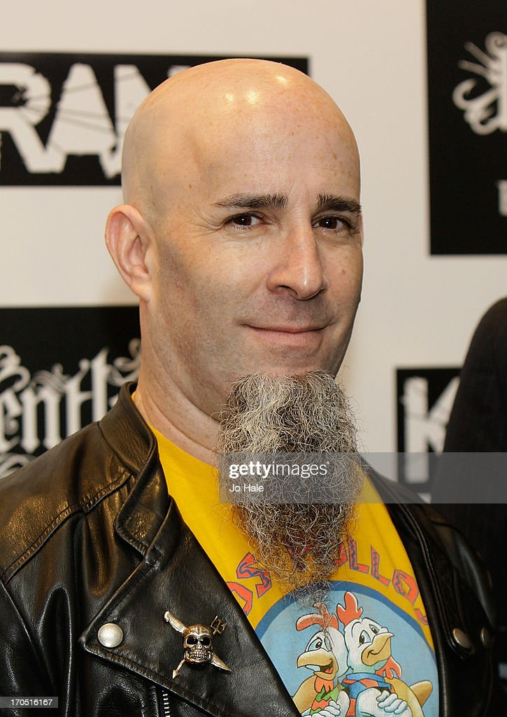 <a gi-track='captionPersonalityLinkClicked' href=/galleries/search?phrase=Scott+Ian&family=editorial&specificpeople=208132 ng-click='$event.stopPropagation()'>Scott Ian</a> of Anthrax attends The Kerrang! Awards at the Troxy on June 13, 2013 in London, England.