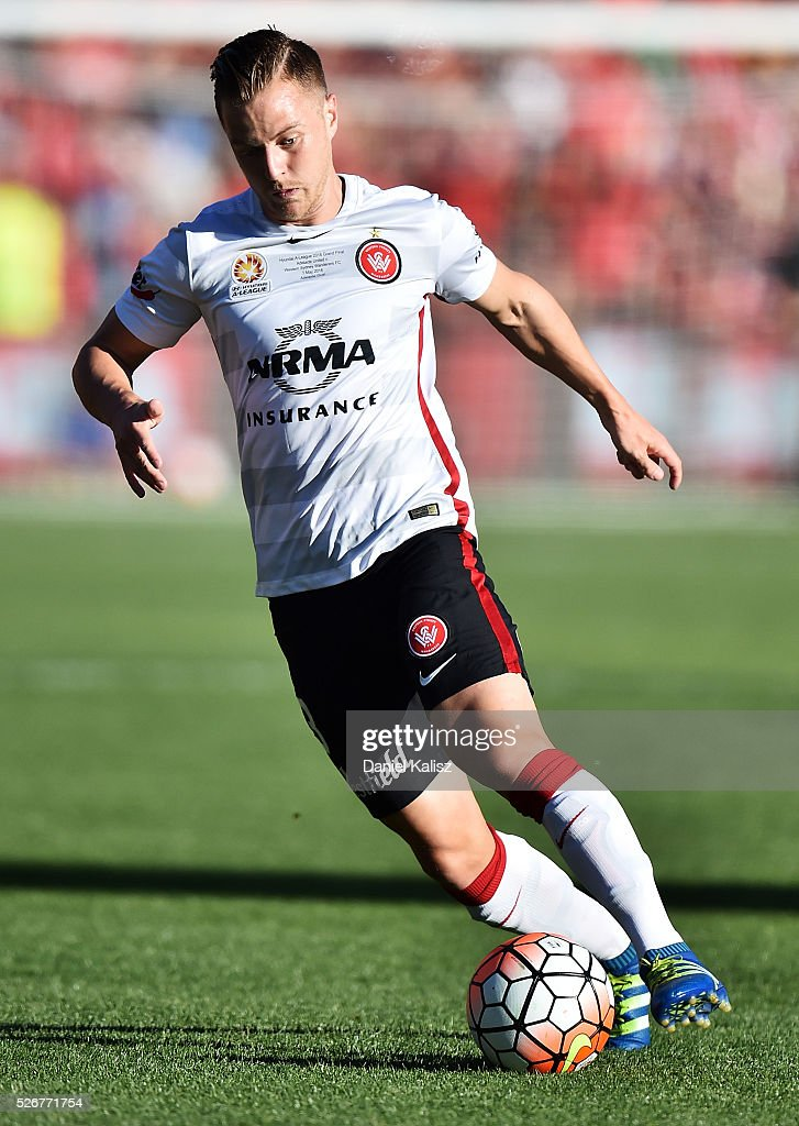 Scott Jamieson of the Wanderers during the 2015/16 A-League Grand Final match between Adelaide United and the Western Sydney Wanderers at Adelaide Oval on May 1, 2016 in Adelaide, Australia.