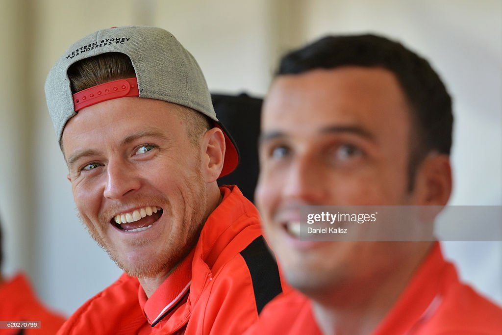 <a gi-track='captionPersonalityLinkClicked' href=/galleries/search?phrase=Scott+Jamieson+-+Calciatore&family=editorial&specificpeople=4192734 ng-click='$event.stopPropagation()'>Scott Jamieson</a> of the Wanderers looks on during the A-League Grand Final Fan Day at Bonython Park on April 30, 2016 in Adelaide, Australia.