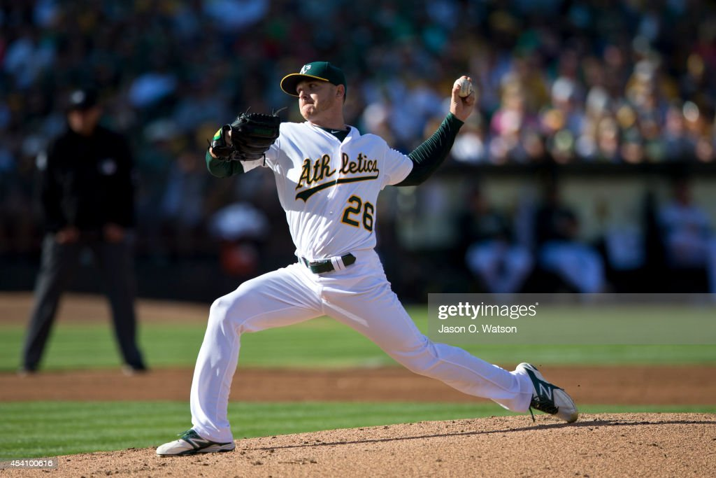 <a gi-track='captionPersonalityLinkClicked' href=/galleries/search?phrase=Scott+Kazmir&family=editorial&specificpeople=217724 ng-click='$event.stopPropagation()'>Scott Kazmir</a> #26 of the Oakland Athletics pitches against the Los Angeles Angels of Anaheim during the second inning at O.co Coliseum on August 24, 2014 in Oakland, California.