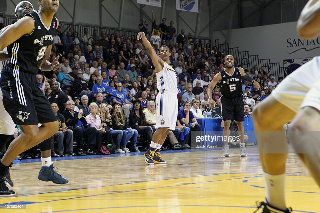 <a gi-track='captionPersonalityLinkClicked' href=/galleries/search?phrase=Scott+Machado&family=editorial&specificpeople=6543191 ng-click='$event.stopPropagation()'>Scott Machado</a> #7 of the Santa Cruz Warriors shoots the ball against Tre Kelley #5 of the Austin Toros in an NBA Development League Playoff Game on April 19, 2013 at Kaiser Permanente Arena in Santa Cruz, California.
