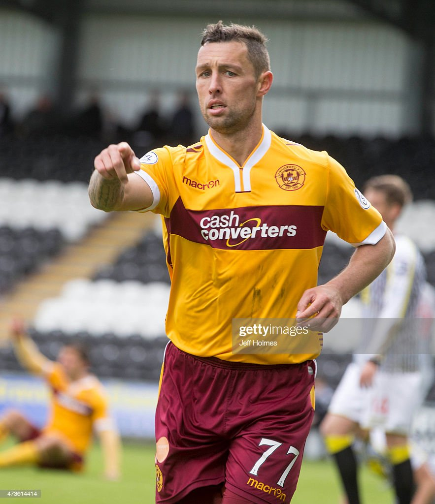 Scott McDonald points way forward during the Scottish premiership match between St Mirren and Motherwell at St Mirren Park on May 16 2015 in Paisley...