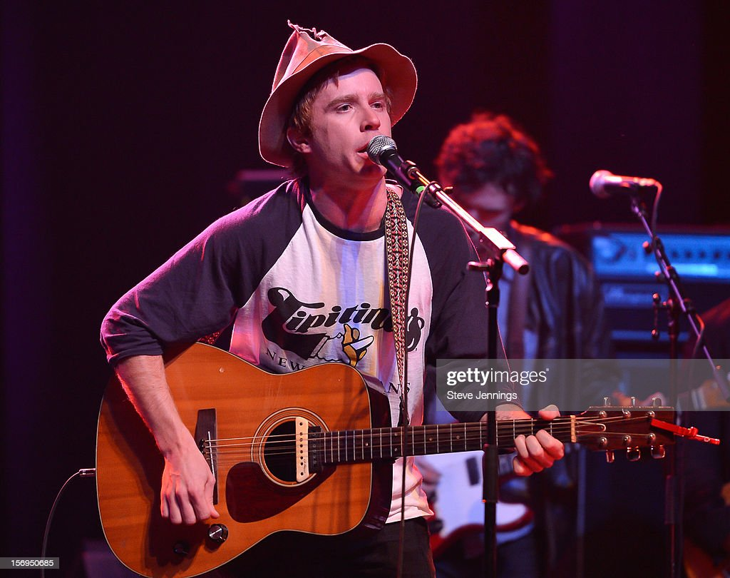 Scott McMicken of Dr. Dog performs at The Last Waltz Tribute Concert at The Warfield Theater on November 24, 2012 in San Francisco, California.