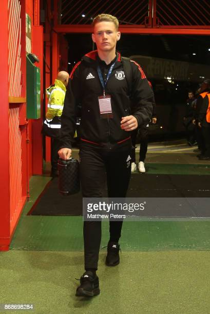 Scott McTominay of Manchester United arrives ahead of the UEFA Champions League group A match between Manchester United and SL Benfica at Old...