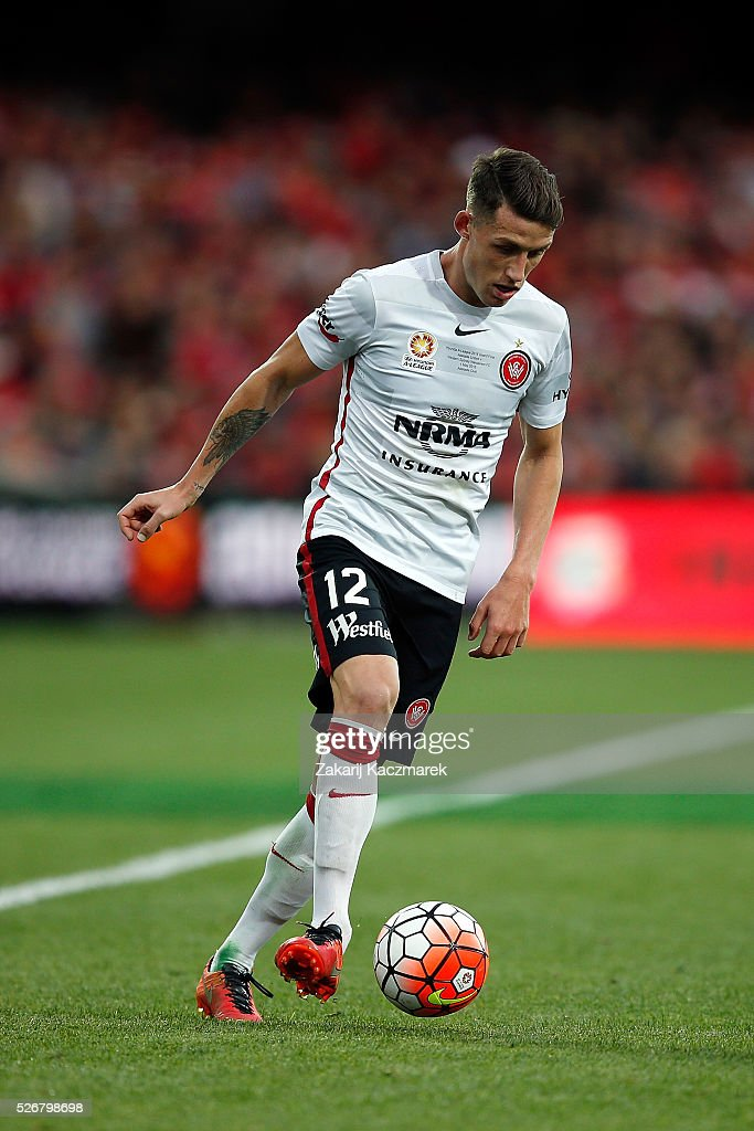 Scott Neville of the Wanderers controls the ball during the 2015/16 A-League Grand Final match between Adelaide United and the Western Sydney Wanderers at Adelaide Oval on May 1, 2016 in Adelaide, Australia.