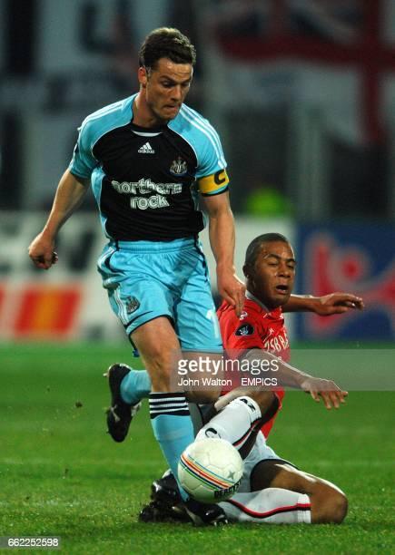 Scott Parker Newcastle United and Moussa Dembele AZ Alkmaar battle for the ball