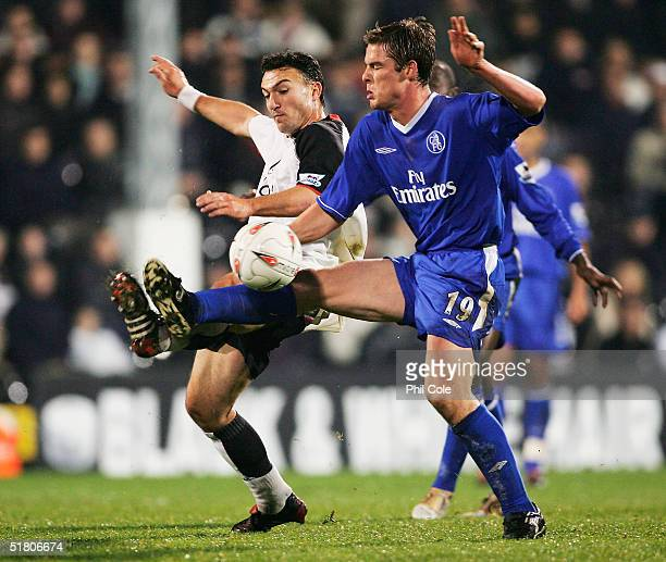 Scott Parker of Chelsea battles with Steed Malbranque of Fulham during the Carling Cup Fifth Round match between Fulham and Chelsea at Craven Cottage...