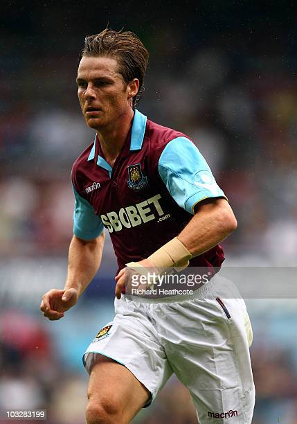 Scott Parker of West Ham in action during the preseason friendly match between West Ham United and Deportivo La Coruna at Upton Park on August 7 2010...