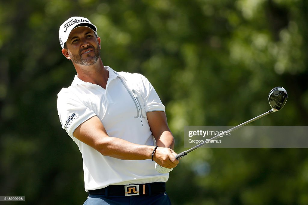 <a gi-track='captionPersonalityLinkClicked' href=/galleries/search?phrase=Scott+Piercy&family=editorial&specificpeople=4464716 ng-click='$event.stopPropagation()'>Scott Piercy</a> hits off the third tee during the first round of the World Golf Championships - Bridgestone Invitational at Firestone Country Club South Course on June 30, 2016 in Akron, Ohio.